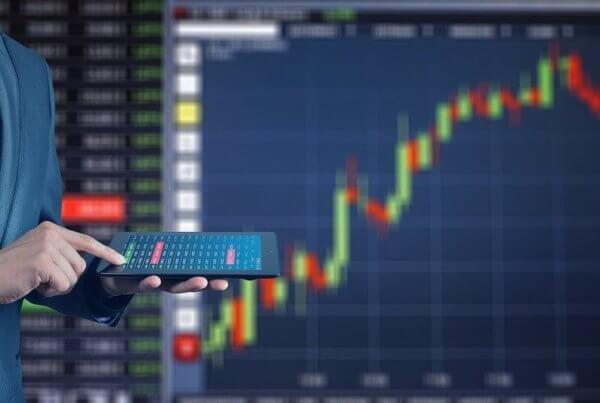 Für Unternehmen lohnt sich ein Stromvergleich Gewerbestrom auf Basis tagesaktueller Großhandelspreise