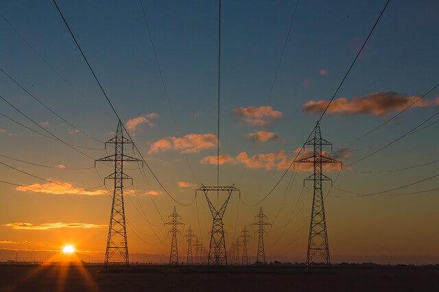 Überschüssigen Strom flexibel transportieren.