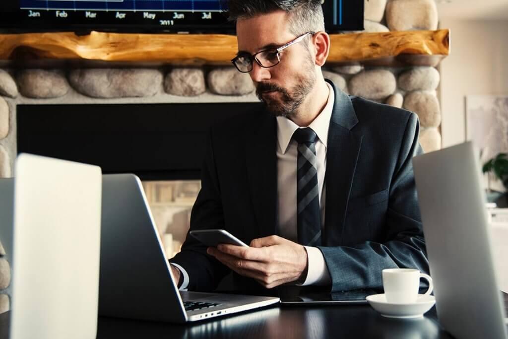 Klischees eines Business Consultant auf dem Prüfstand