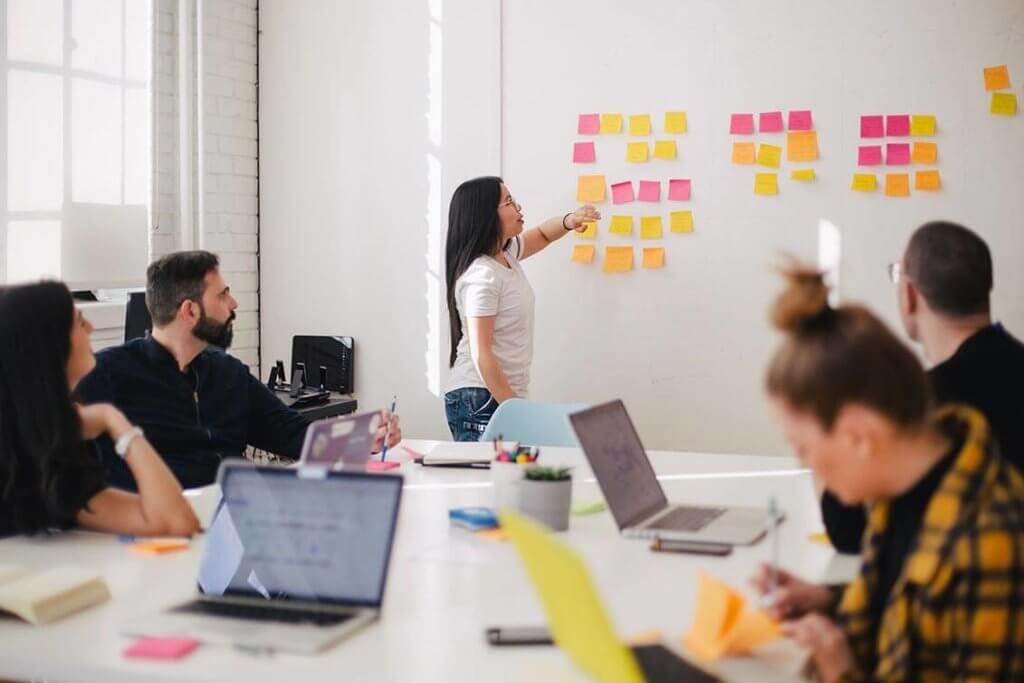 Mit Lean Management Beratung die Produktivität steigern.