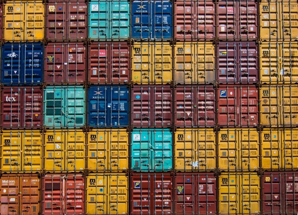 Exportfinanzierung und ausländische Investitionen - Herausforderungen und Moeglichkeiten