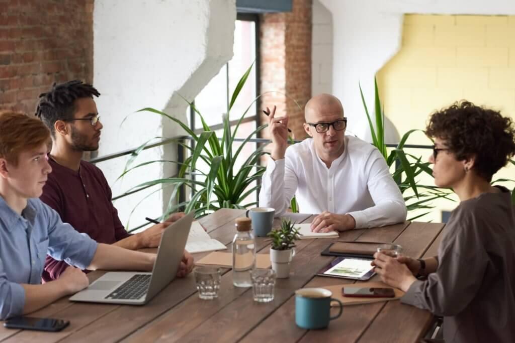 Der Senior Consultant Job wird nach der Karrierestufe des Consultants erreicht.