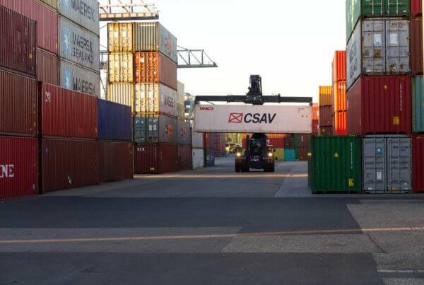Durch die Exportfinanzierung entstehen viele Vorteile für Unternehmen.